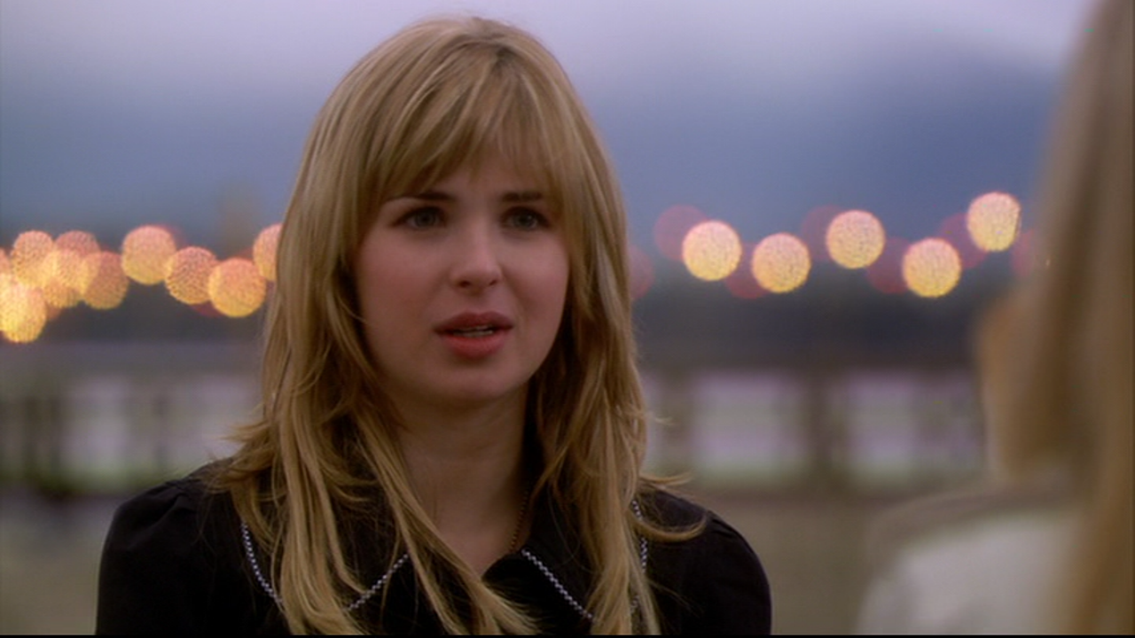 Movie and TV Screencaps: Kirsten Prout as Amanda Bloom in ...