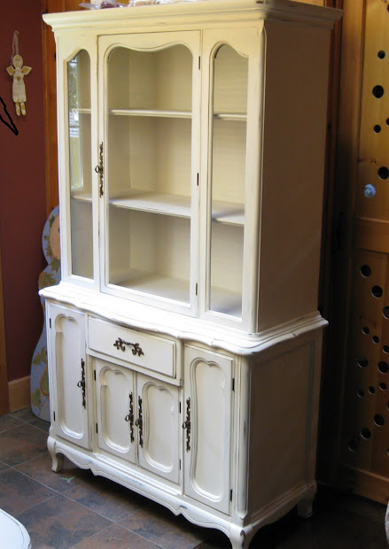 how to paint a china cabinet white vtwctr rh vtwctr org Painting Inside of China Cabinet Black Painted China Cabinet