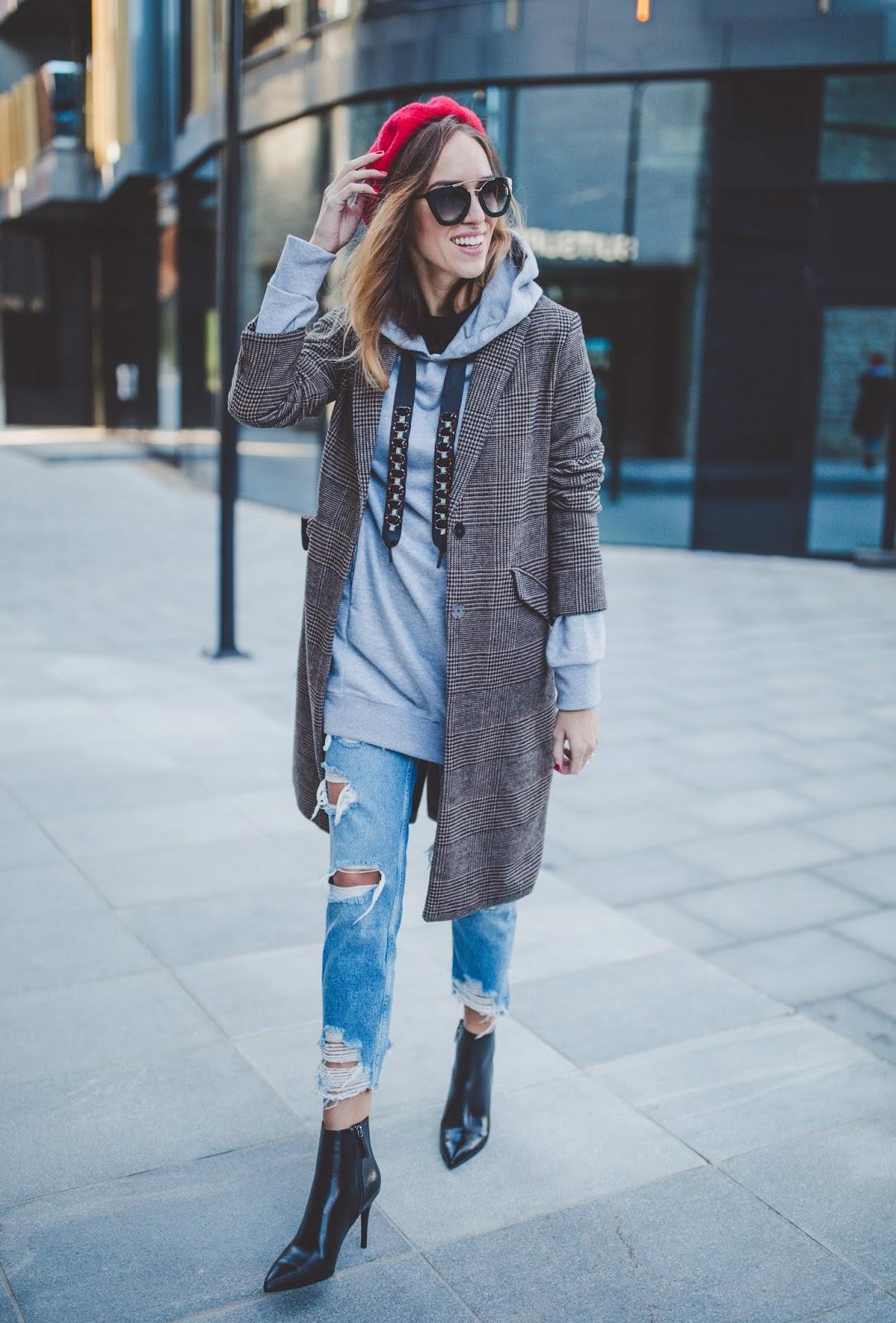 checked coat hoodie beret