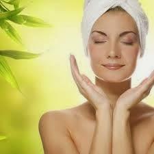 Женски тайни: Суха-чувствителна кожа на лицето полагане на..
