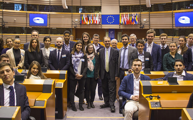 Philippe Lamberts, Richard Laub, Mark Eyskens, Nicolas Hamon, Bàlint Gyévai, Pietro De Matteis, Antonio Tajani, Jules Belot -  Stand Up For Europe - Parlement européen - Photo by Ben Heine