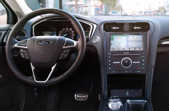 Instrument panel for 2017 Ford Fusion hybrid