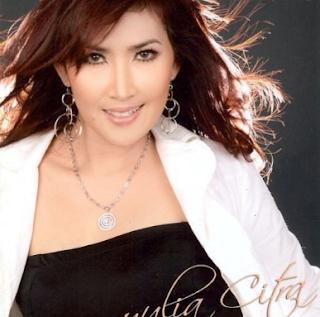 Download Lagu Mp3 Yulia Citra Full Album Lengkap Lagu Dangdut Lawas Nostalgia 80an - 90an Terpopuler