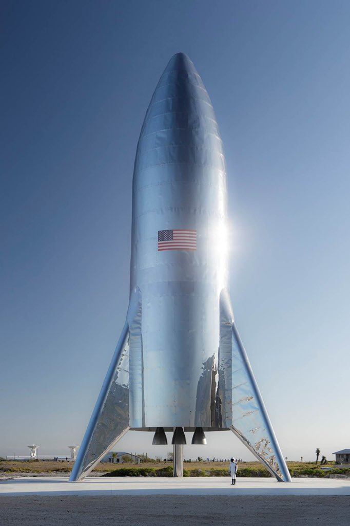 SpaceX real Starhopper (photo from Elon Musk)
