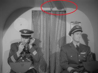 La sombra del micrófono en una de las escenas