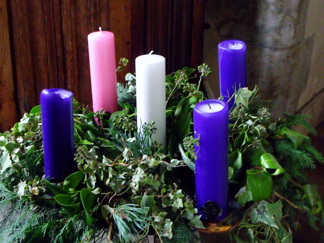 light the advent candle advent song. Black Bedroom Furniture Sets. Home Design Ideas