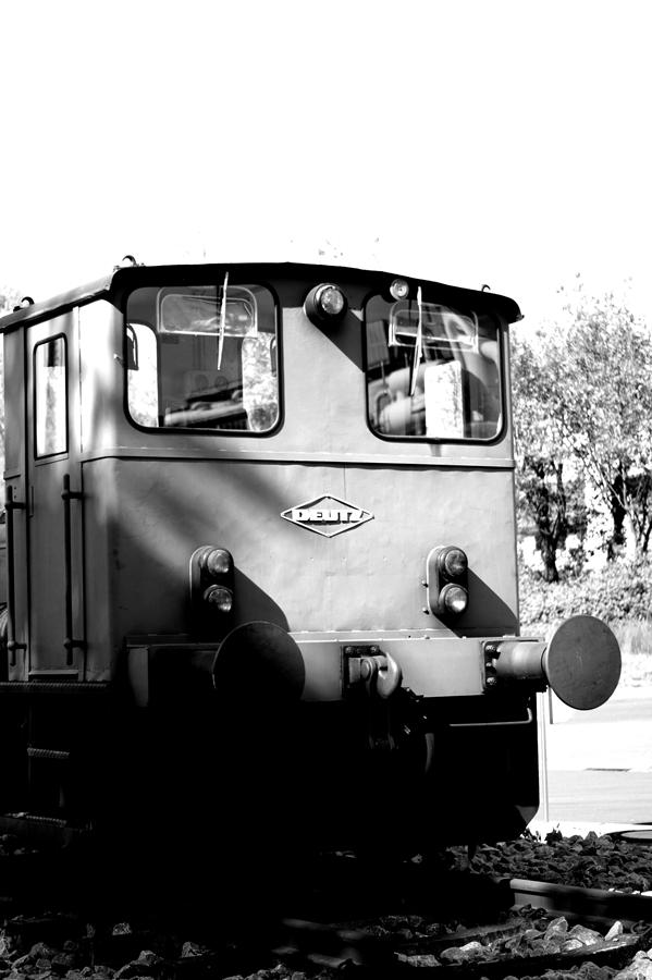 Blog + Fotografie by it's me! | fim.works | SchwarzWeissBlick No 14 | Deutz Lok Bj 1965 | seitliche Rückansicht