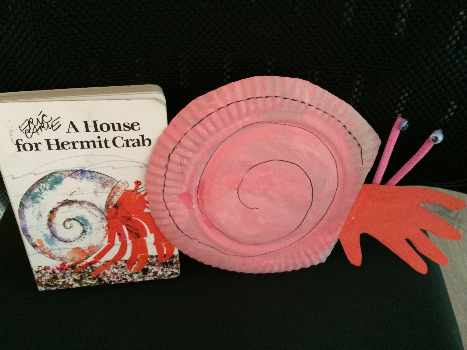 Spoonfuls Of Kindergarten Weekly Wednesday Book Talk A House For Hermit Crab