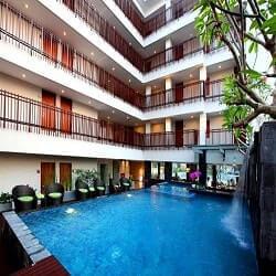 7 Days Premium Kuta Hotel Favorite di Bali