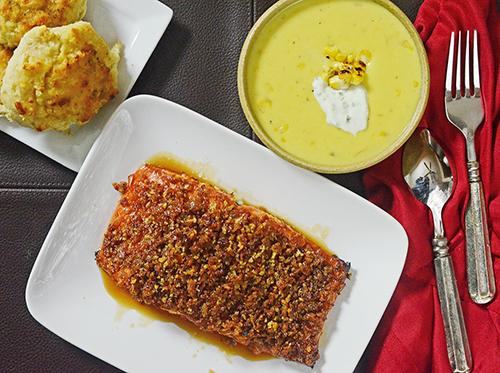 Great salmon idea for ceramic kamado grills, like Big Green Egg, Vision, etc.