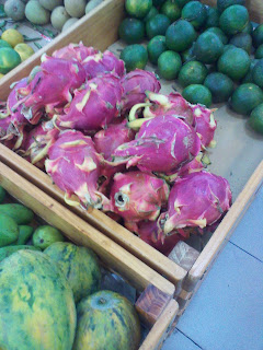 Le fruit du dragon (pitaya ou thanh long). fruits Vietnam
