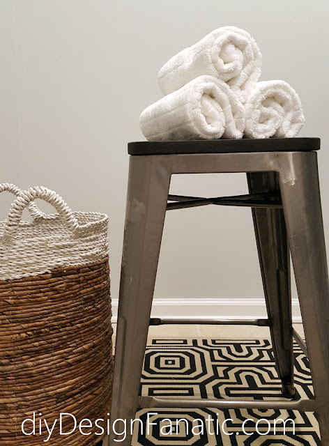laundry room, farmhouse style, farmhouse, cottage, cottage style, diy, Silver strand, reclaimed wood coat rack. industrial stool