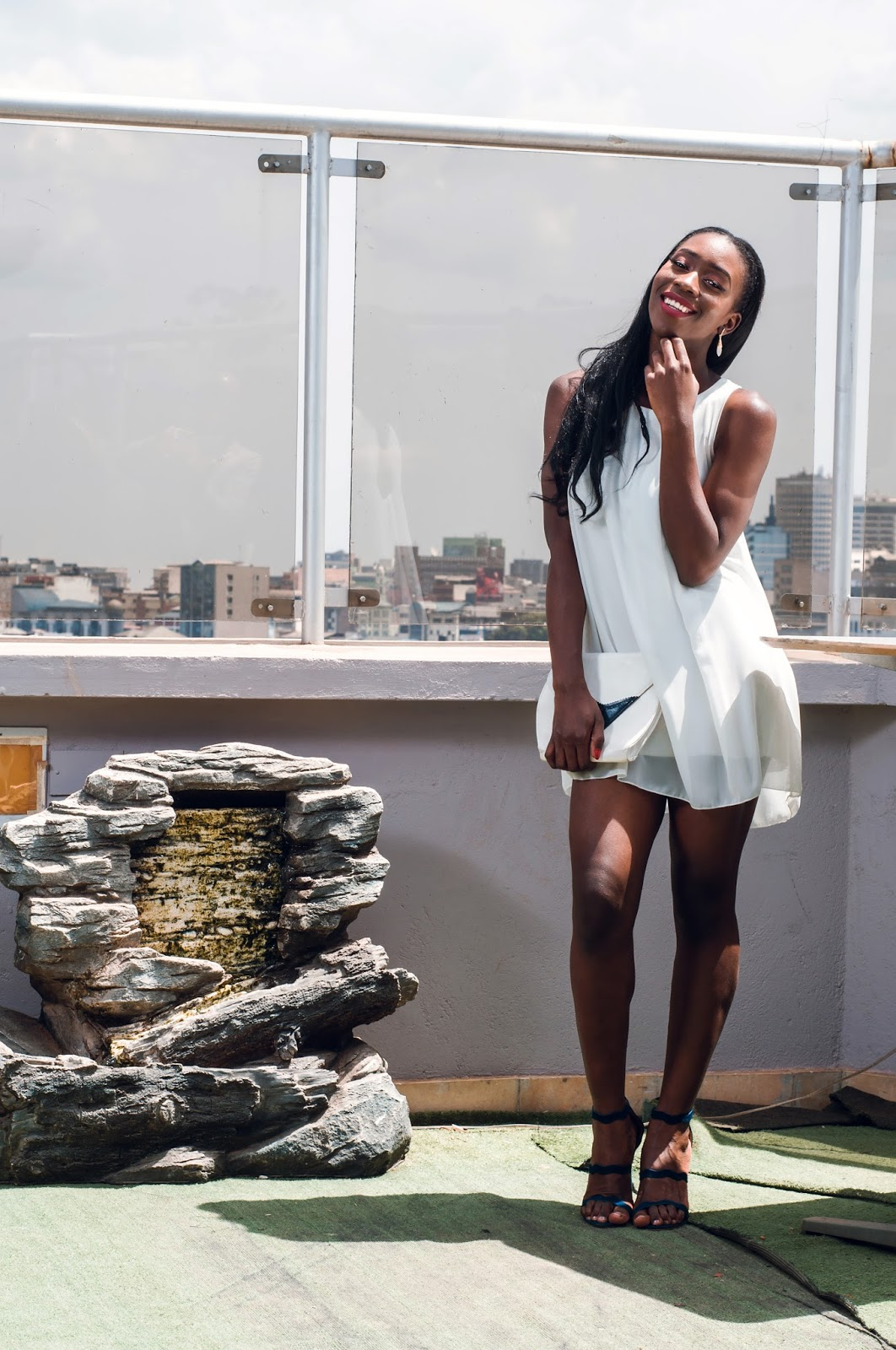 short dress, little white dress, ini dress, how to wear a mini dress, how to be confident in a mini dress, style with ezil, Ezil, Kenyan fashion blogger, African fashion blogger, Fashion blogger, Fashion