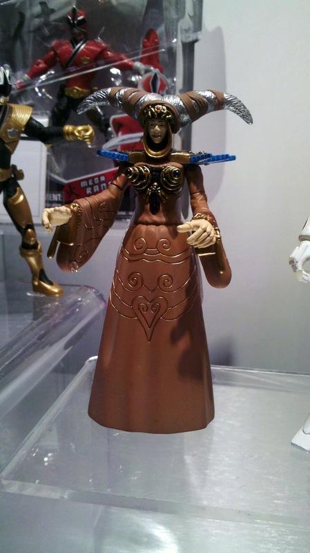 The power is on rita le mega ranger dor en jouet - Power rangers dore ...