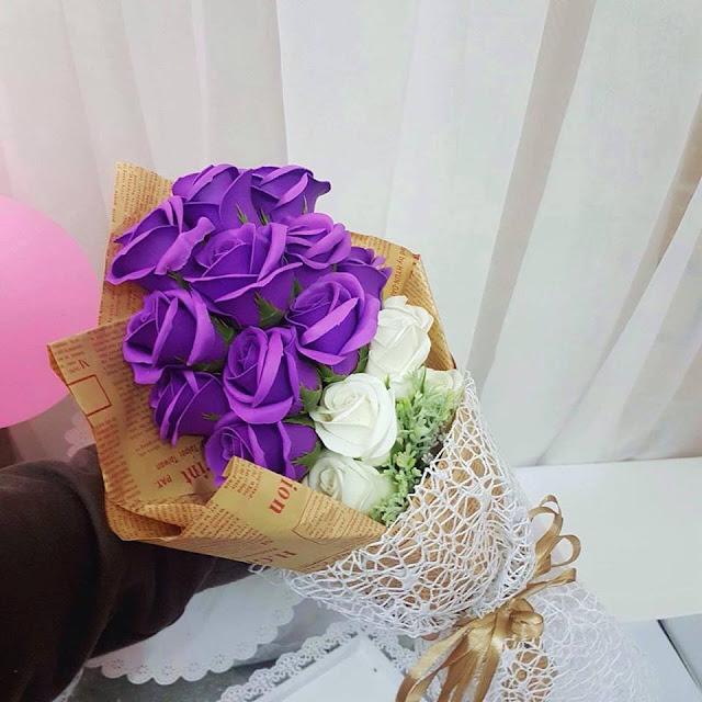 Hoa hong sap thom vinh cuu o Hang Khoai