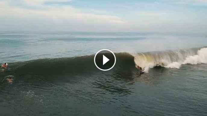 Surfeando en El Salvador julio 2018