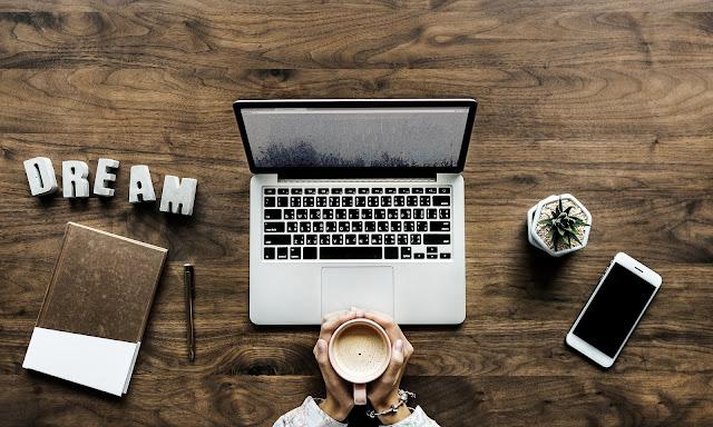 Bagaimana cara menjadi blogger sukses yang dapat menghasilkan uang untuk pemula