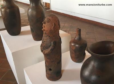 Ollas y Alfarería de Cocucho en la Exposición ARARTE en Pátzcuaro