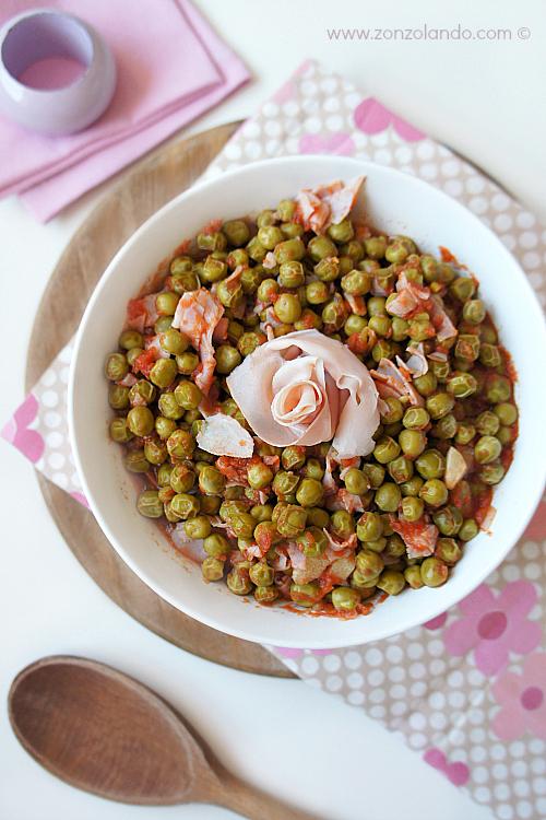 Piselli con prosciutto cotto affumicato ricetta contorno - beans with smoked ham recipe