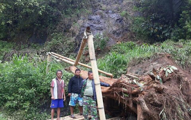 Akibat Hujan Lebat, Satu Unit Mobil Tertimpa Material Tanah Longsor di Kapala Pitu