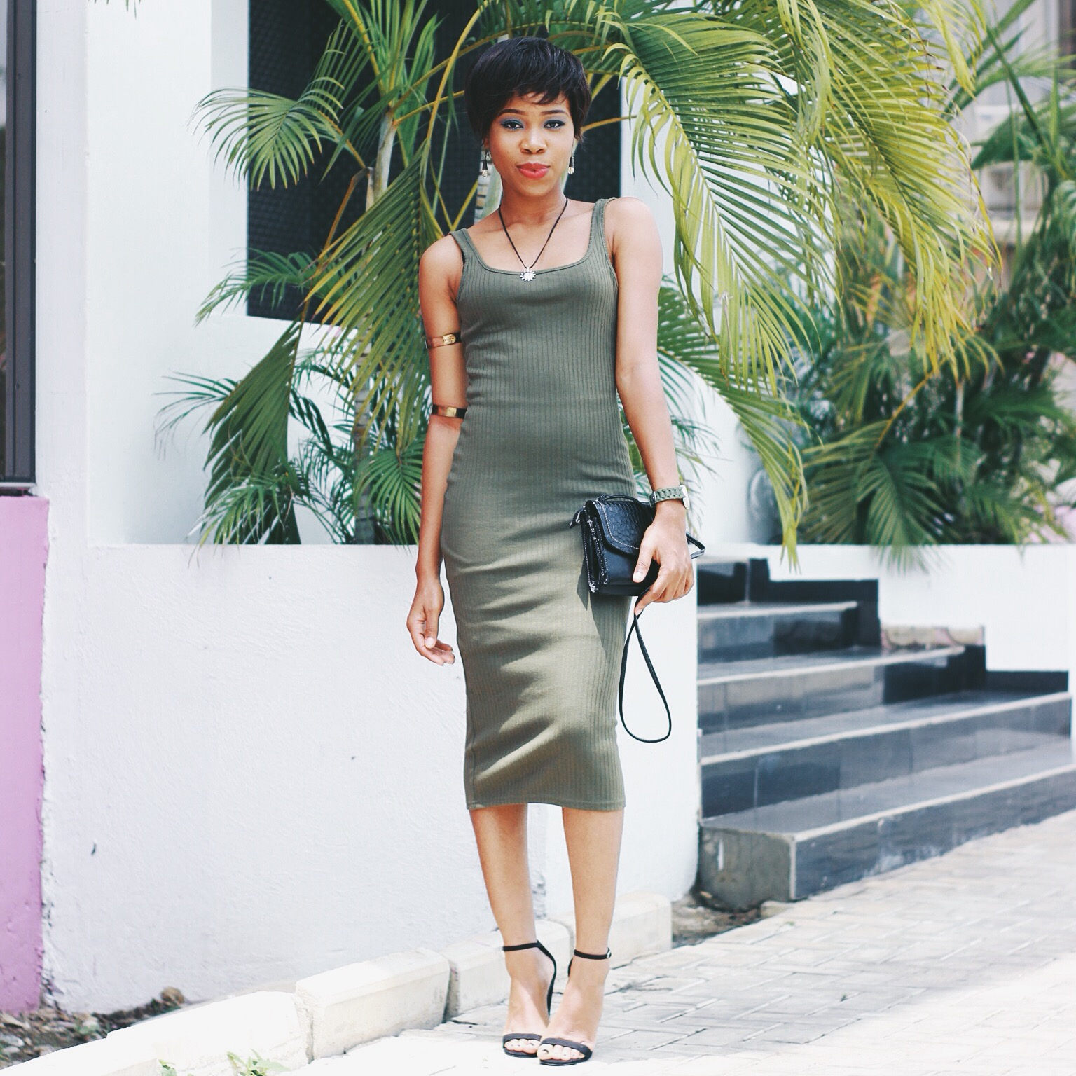 WEARING BODYCON/MIDI GOWN