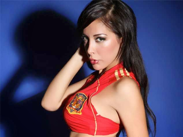 World Cup Brazil 2014: sexy hot girls football fan, beautiful woman supporter of the world. Pretty amateur girls, pics and photos   España española