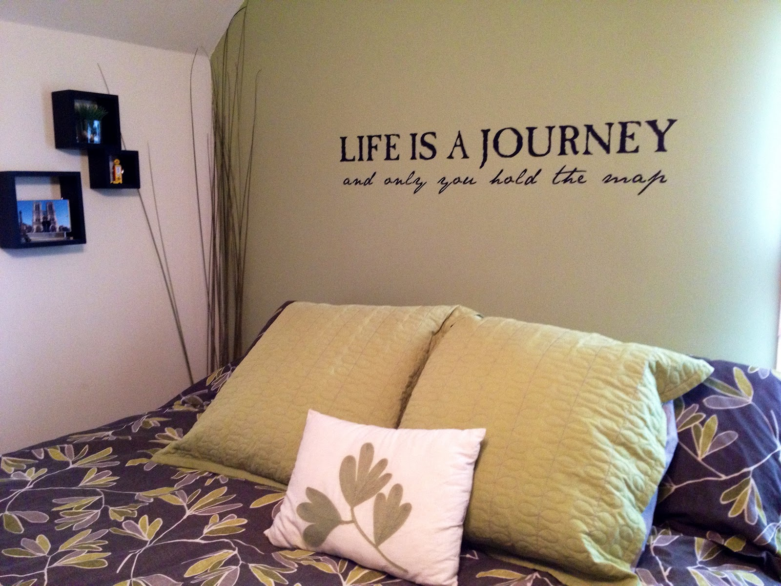 Travel Inspired Guest Room: A Case Of The Traveling Bug: February 2012