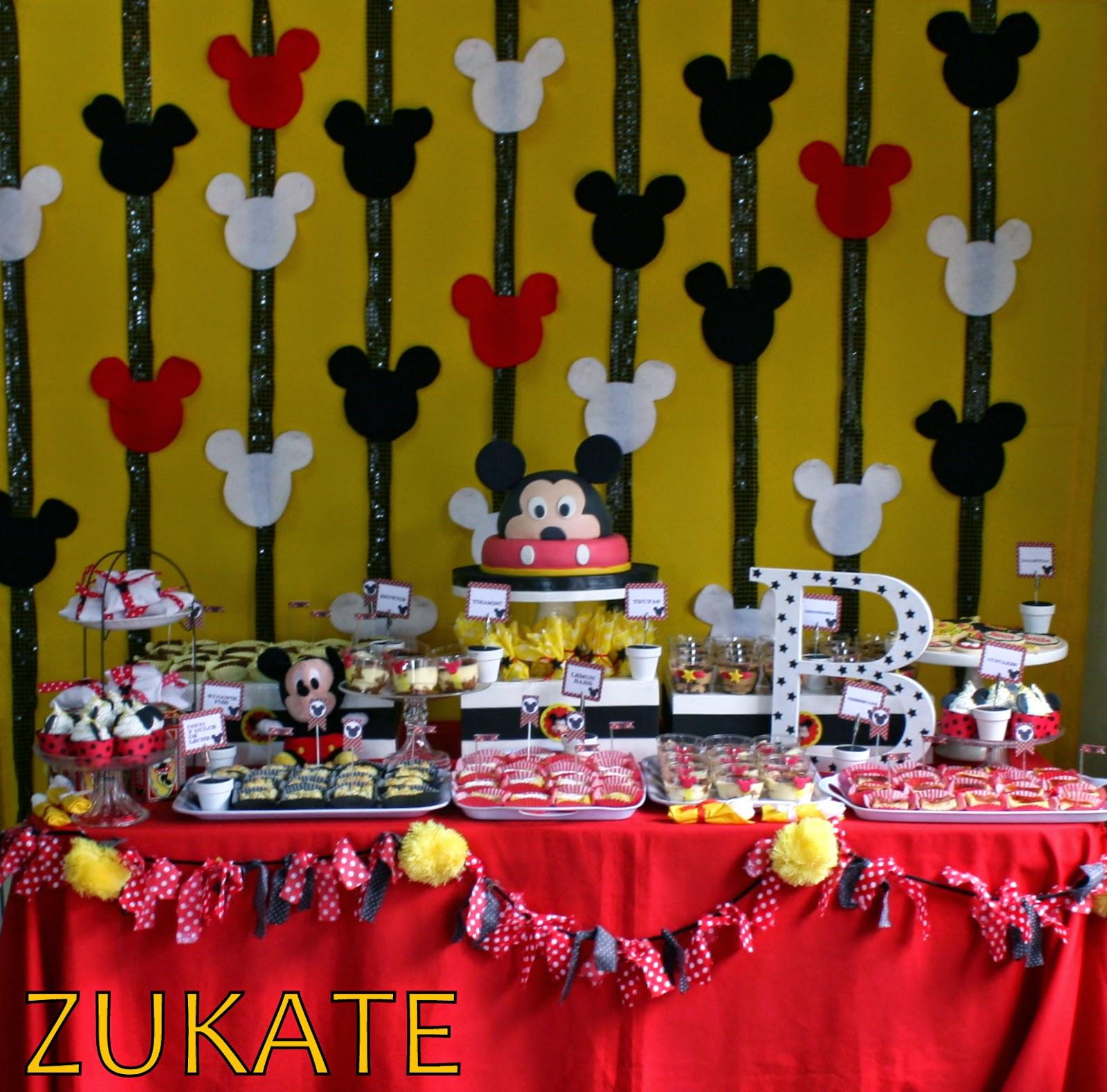 Fiesta de mickey mouse para benjam n zukate - Decoracion para fiestas infantiles mickey mouse ...