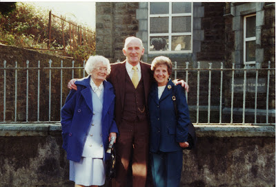 Bruan, lynn and Peggy newell lewis
