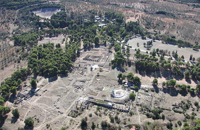 """9η Γενική Συνέλευση του «ΔΙΑΖΩΜΑΤΟΣ» στην Αργολίδα - Θεατρική παράσταση """"Ηλέκτρα του Σοφοκλή"""" στο Αρχαίο Θέατρο Άργους"""