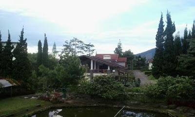 VILLA ISTANA BUNGA  -  Sewa Penginapan Villa Murah Di Lembang
