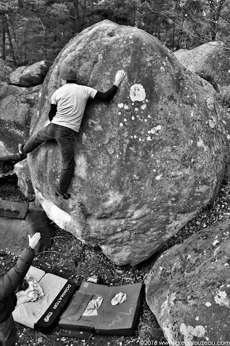 Franck Dunouau dans Happy Boulder, Apremont