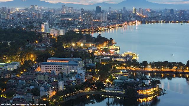 Pour votre voyage Viêt Nam, comparez et trouvez un hôtel au meilleur prix.  Le Comparateur d'hôtel regroupe tous les hotels Viêt Nam et vous présente une vue synthétique de l'ensemble des chambres d'hotels disponibles. Pensez à utiliser les filtres disponibles pour la recherche de votre hébergement séjour Viêt Nam sur Comparateur d'hôtel, cela vous permettra de connaitre instantanément la catégorie et les services de l'hôtel (internet, piscine, air conditionné, restaurant...)
