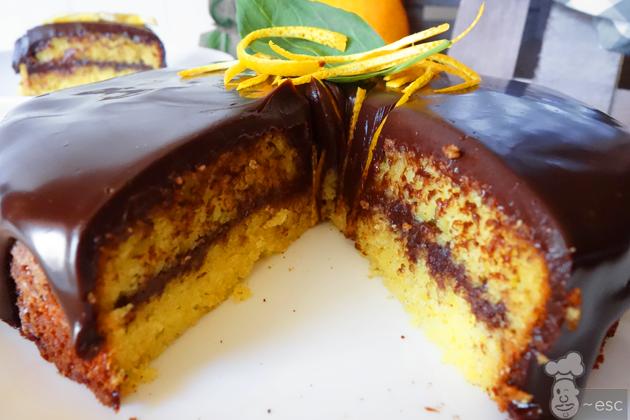 Tarta de naranja con chocolate