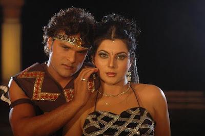 khesari lal yadav and smiriti sinha