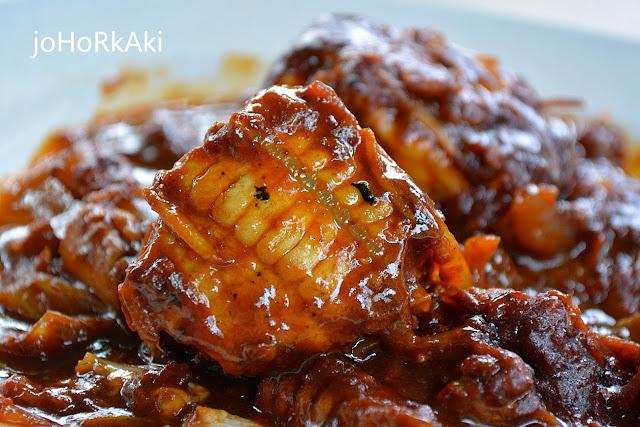 Seafood-Parit-Jawa-Muar-Johor-麻坡巴冬阿叁鱼