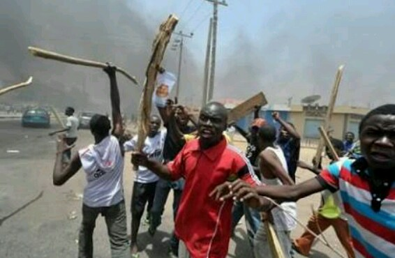 Ondo state community in serious Riot