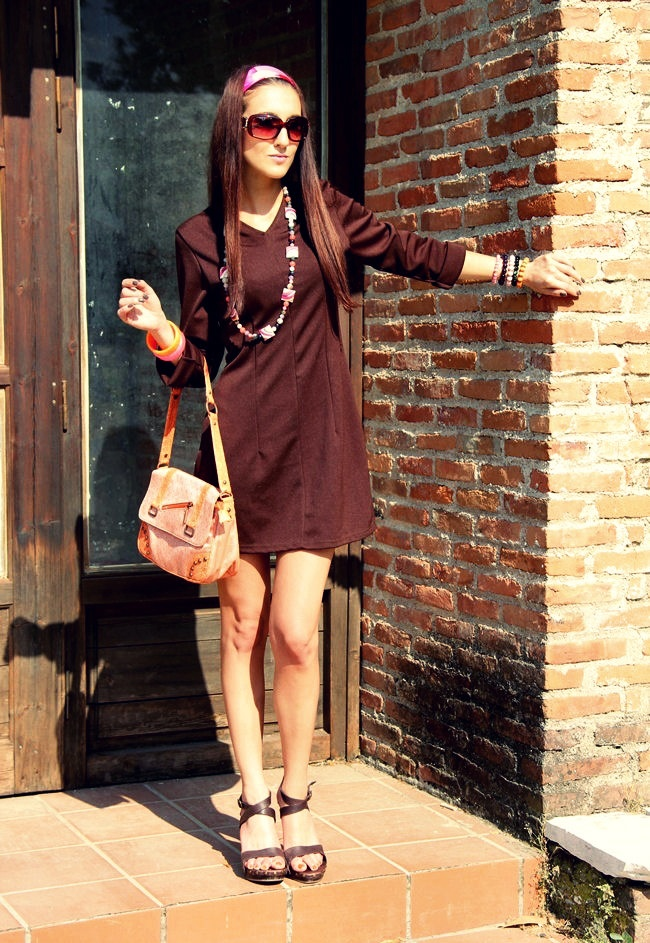 Sasch chocolate brown dress Zara brown wood wedges colorful accessories