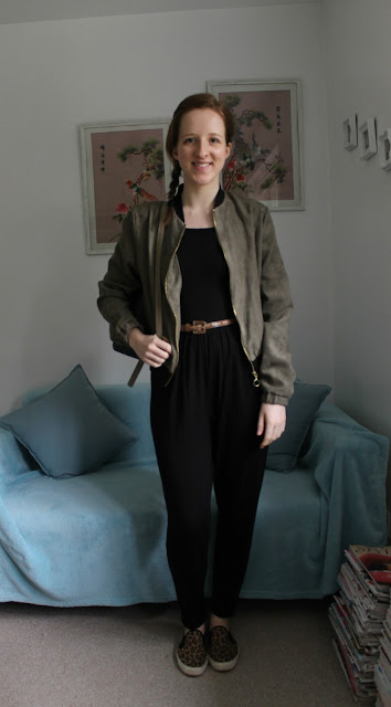 OOTD, Jumpsuit, ASOS, Leopard Print Skates, Primark, Bomber Jacket, Green Bomber Jacket, Accessorize, Backpack, fashion, blogger, outfit, outfit of the day