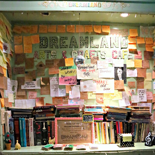 Dreamland Arts & Crafts Cafe - Lipa