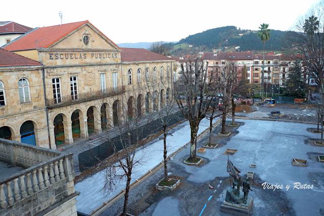 plaza de Pasealeku de Guernica