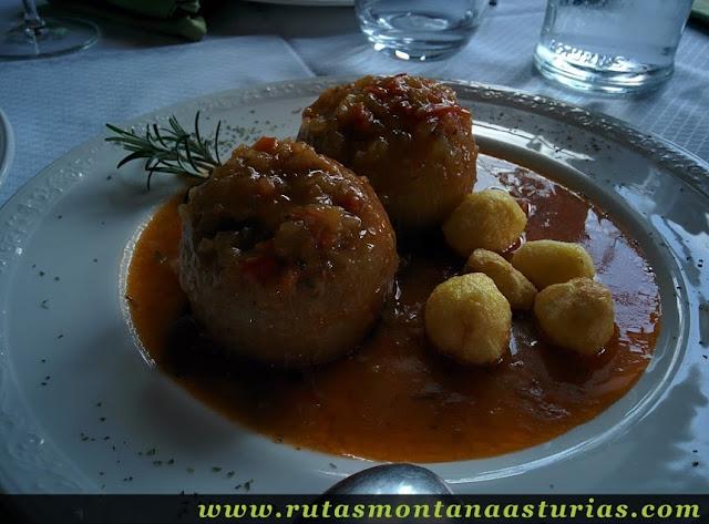 Cebollas Rellenas en Restaurante Atalaya