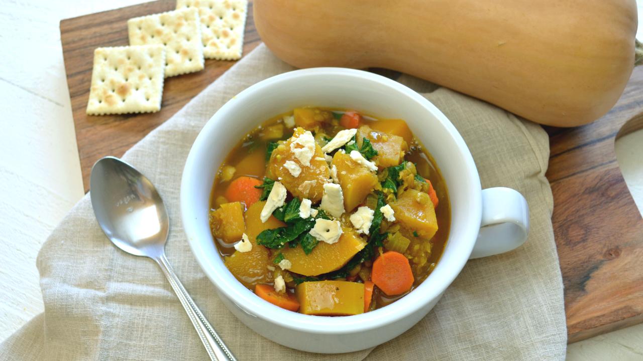 Soupe de Lentilles & Butternut au Kale