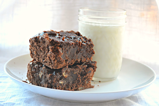 Fudgy Black Bean Brownies-Glass-Milk.jpg