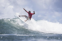 0 Bino Lopes 2018 Martinique Surf Pro foto WSL Damien Poullenot