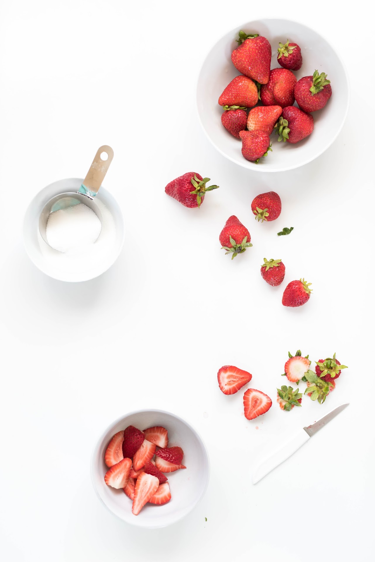 strawberry photography, food blogger, sf bay area, san francisco, strawberry syrup, strawberry brownies,