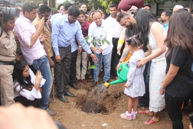 Sanjay Dutt Supports Tree Plantation For Go Green