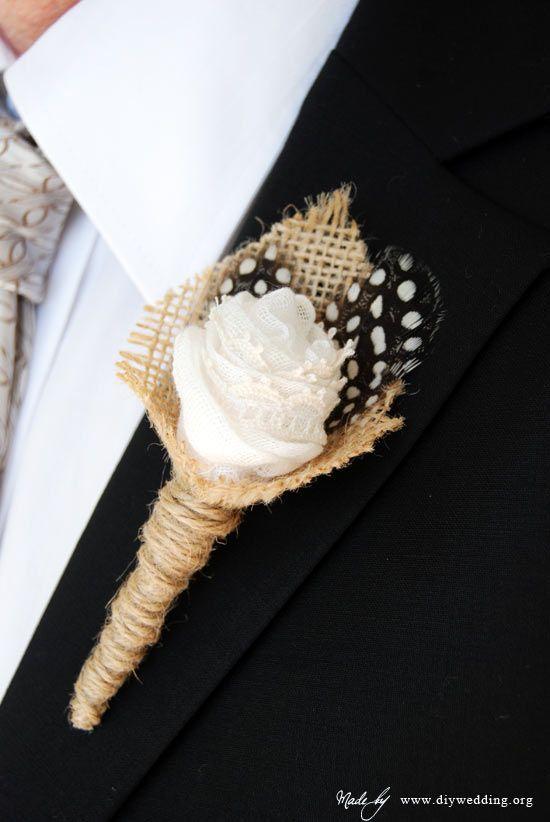 Tutorial DIY para crear un broche en tela y plumas para la solapa del novio