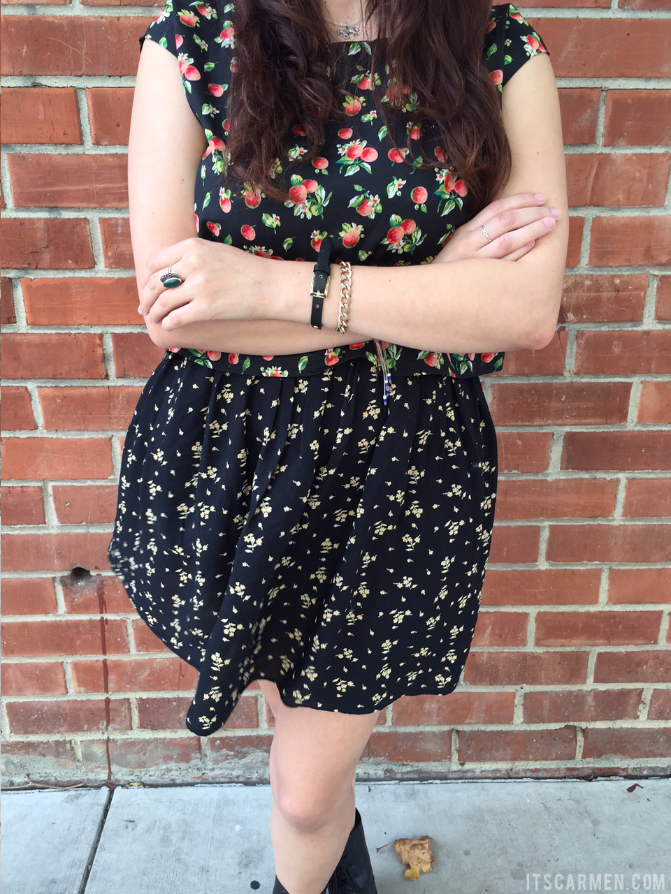apple blossoms ootd