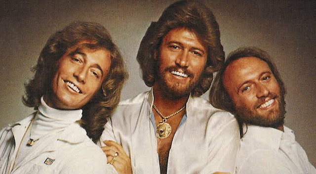 Un Clásico: Bee Gees - Night Fever